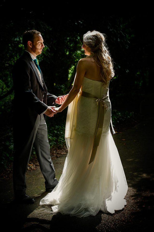 best-wedding-photographer-mallorca-dance-light